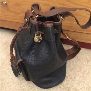 Vintage Dooney & Bourke sling backpack bucket bag